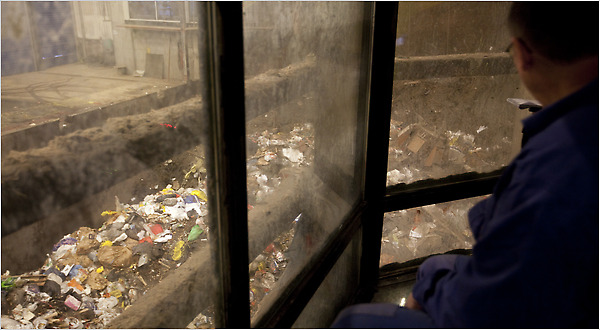 Waste-to-Energy Plant in Demark (Photo from nytimes.com)